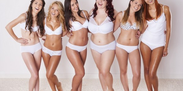 У дамы красивая грудь