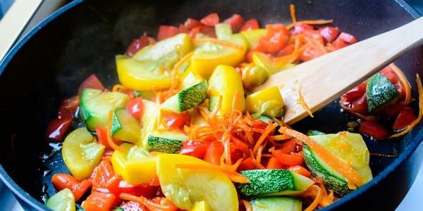 калорийность тушеных овощей без масла