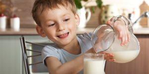 польза молока для ребенка