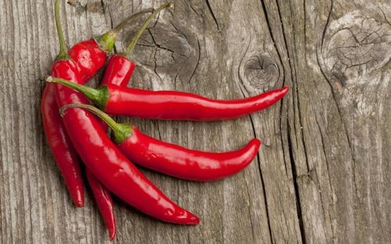 Польза и вред красного сладкого и жгучего перца