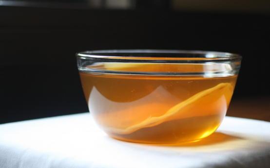 Чайный гриб: как добиться максимальной пользы и избежать вреда
