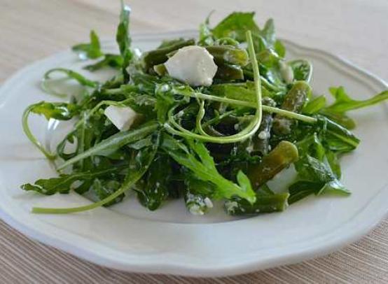Польза рукколы для организма и возможный вред популярного салата