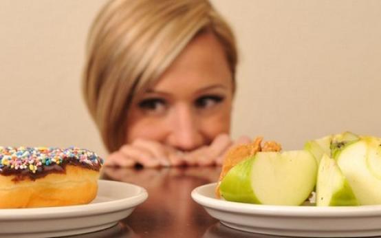 Как перестать есть сладкое и мучное навсегда: психология