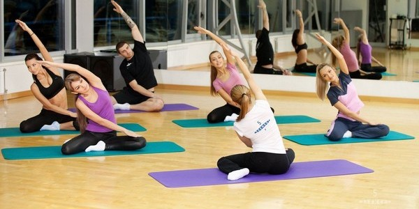 упражнения стретчинг для начинащих