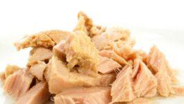 рецепт салата с тунцом консервированным