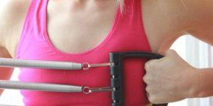 Упражнения с пружинным эспандером