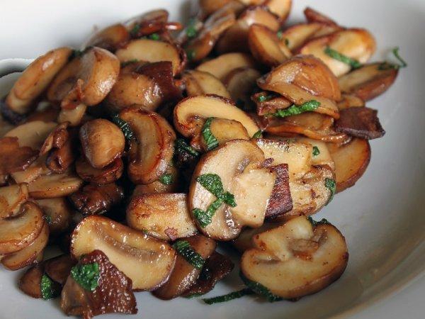 грибы с орехами