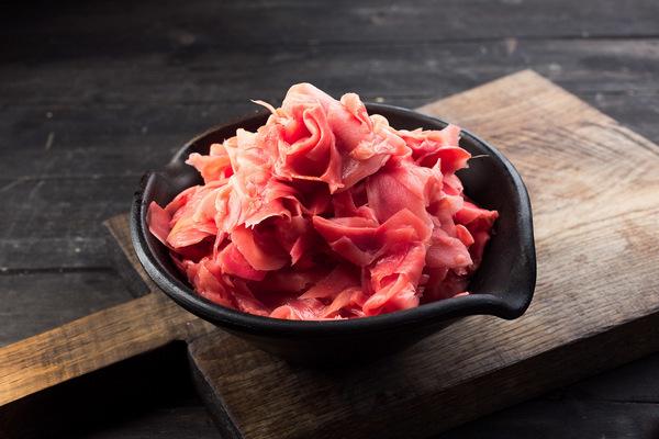 Чем полезен имбирь маринованный розовый для женщин