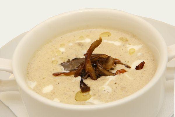 Суп-пюре из грибов со сливками